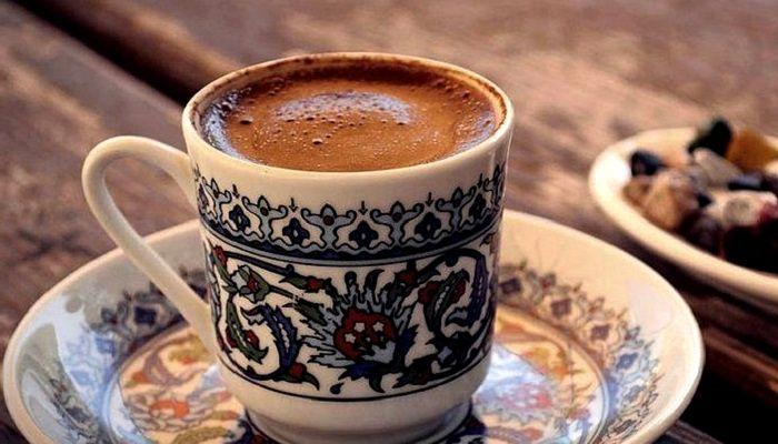 Кофе завареный в чашке, фото