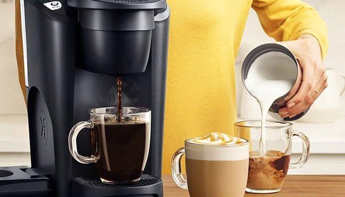 Кофемашина и кофе, фото