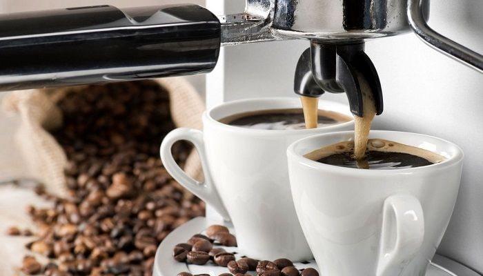 Кофе и рожковая кофеварка, фото