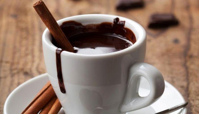 Горячий шоколад с ванилью, фото