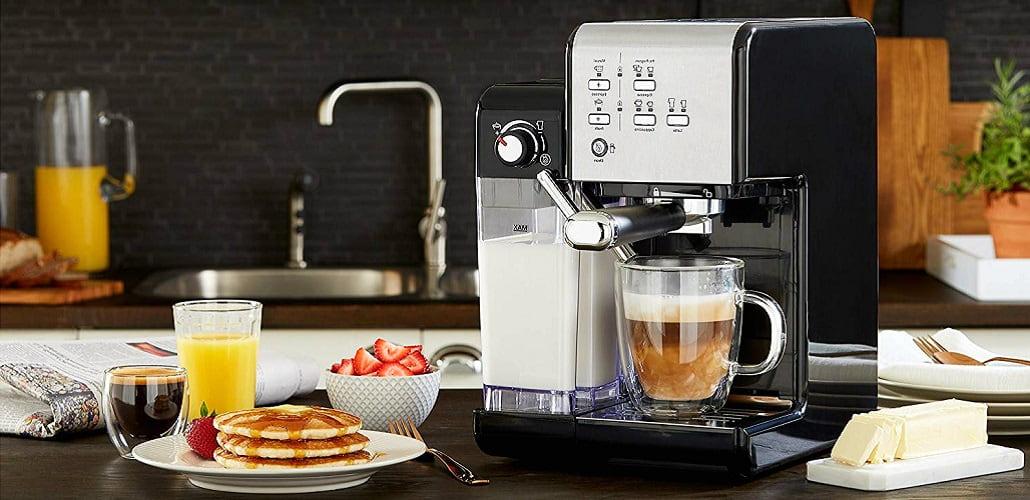 Недорогая кофемашина для дома, фото