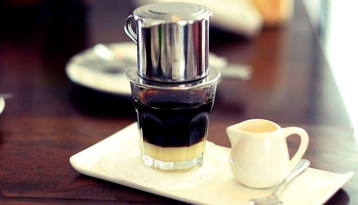 Кофе по - вьетнамски в кружке, фото
