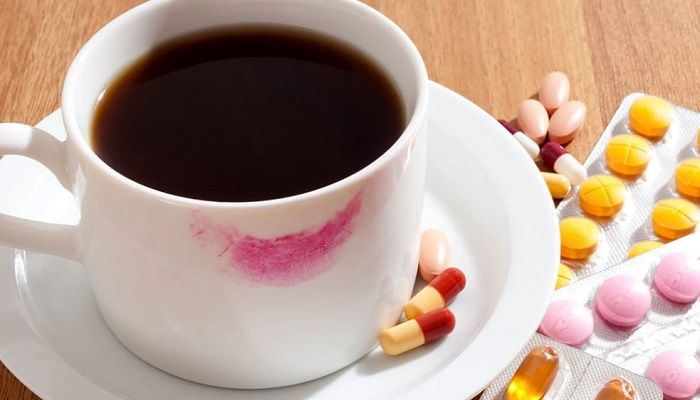 Кофе с таблетками, фото