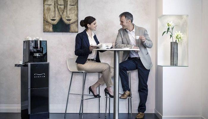 Кофеварка в офисе, фото